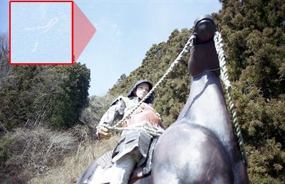 日光江戸村にて ダイソーフィルムを使用してほこり?みたいのが混入していた